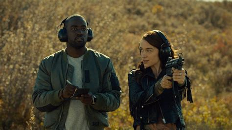 tv review wynonna earp 1x02 quot keep the home fires