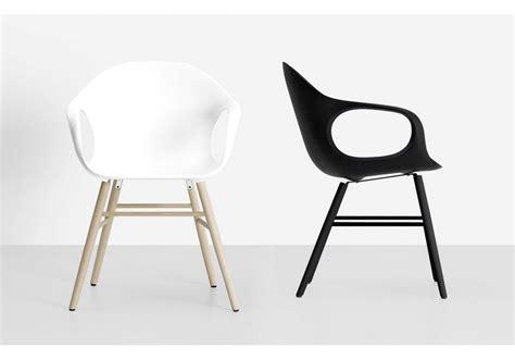 sur chaise elephant chaise sur base en bois kristalia milia shop