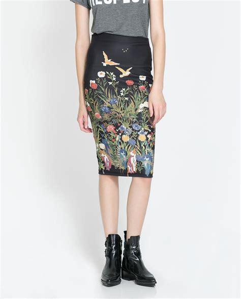 Zara Emboss Skirt printed pencil skirt skirts trf zara serbia 290447 on wookmark