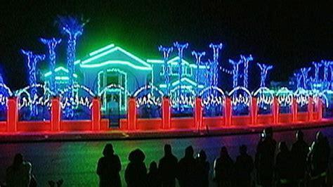 christmas lights wars video abc news
