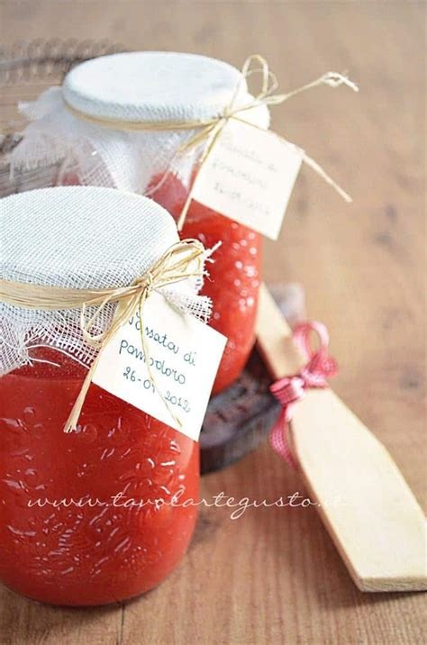 conserva fatta in casa passata di pomodoro fatta in casa ricetta passata di