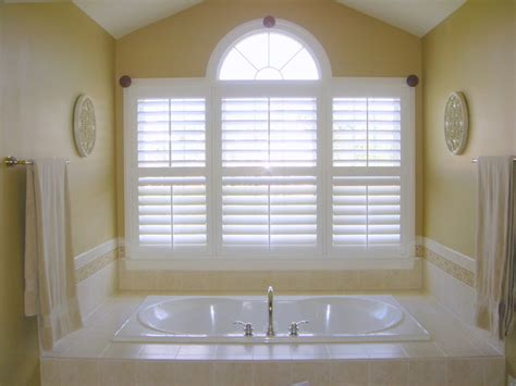 plantation shutters in bathroom bathroom plantation shutters new orleans by the louver shop