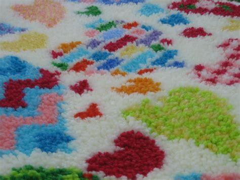 latch hook rugs kits happy hearts latch hook rug kit