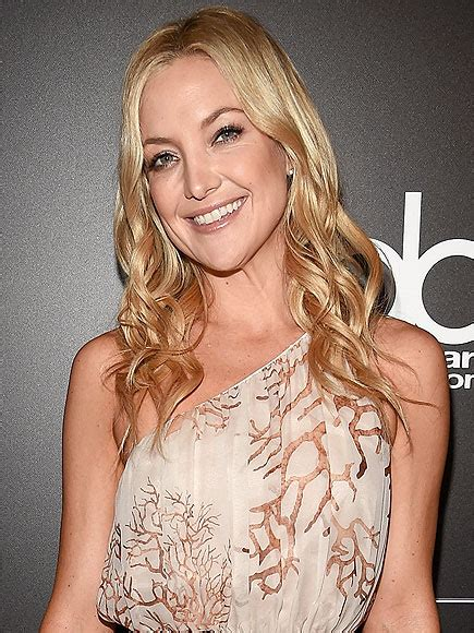 kate hudson shoo kate hudson is a girl gone wild in her tbt photo