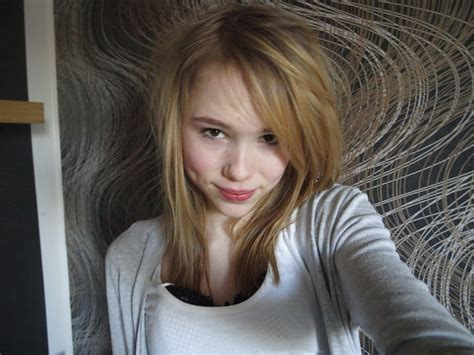 13yo selfie 12 yo model pics newhairstylesformen2014 com