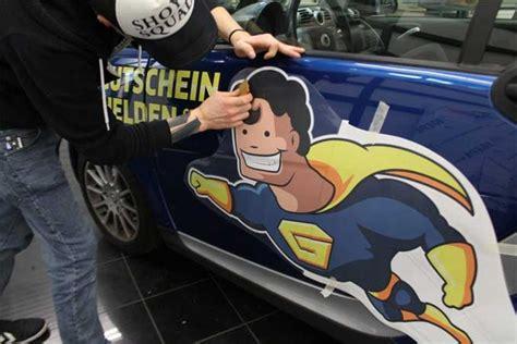 Heckscheibenaufkleber Richtig Anbringen by Autoaufkleber F 252 R Dein Auto Folieren Oder Kleben