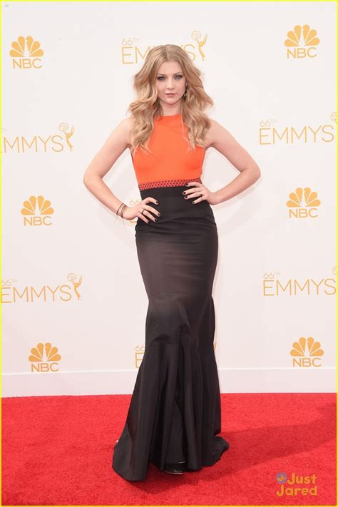 natalie dormer 2014 mockingjay s natalie dormer pairs orange black for emmys