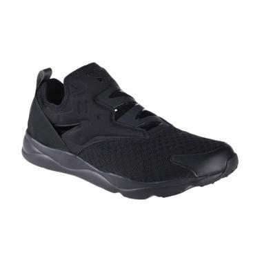 Harga Reebok Furylite Slip On jual reebok furylite slip on emb sepatu olahraga pria