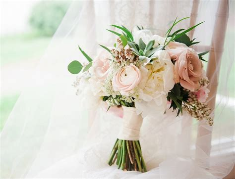 Wedding Flowers Bouquets : Average Cost Of Wedding Flowers