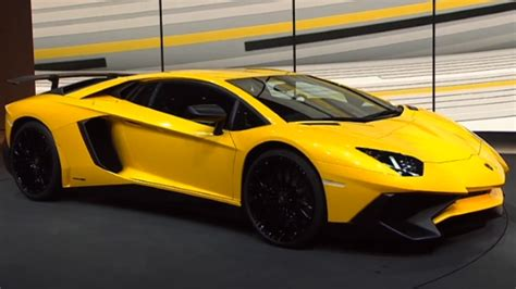 Fastest Car Of Lamborghini Lamborghini Unveils Fastest Car Cnn