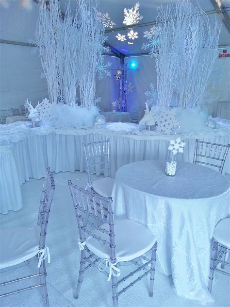 theme names for winter party 35 cool winter wonderland table decorations table