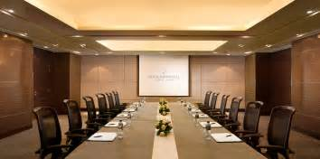 Rooms meeting rooms amp office furniture in dubai dubai interiors