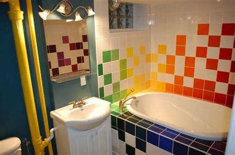 badewanne farbig badewanne einfliesen 30 ideen