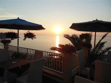 terrazza sul mare tropea vista dalla sala ristorante picture of hotel terrazzo