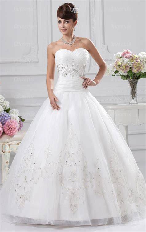 wedding dresses on a budget nyc cheap uk wedding dress shops bridesmaid dresses
