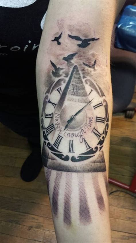 pyramid clock tattoo classic pyramid clock on forearm jpg 540 215 960