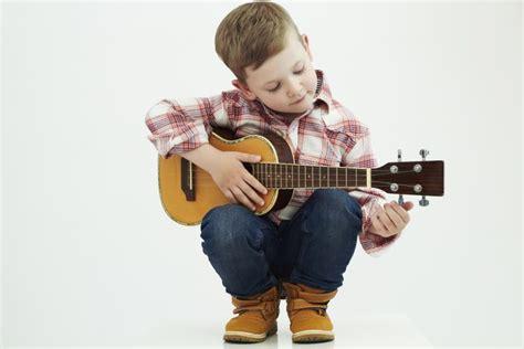 ukulele lessons in dublin ukulele lessons simplymusiclessons ie