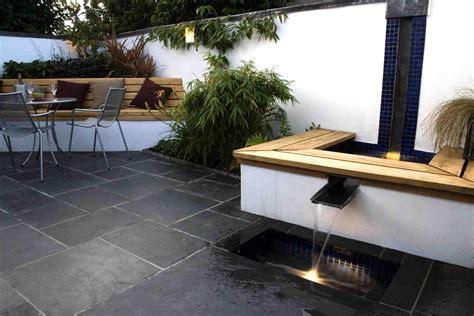 Dining Room Accent Wall by Garden Designers Cheltenham Contemporary Garden Design