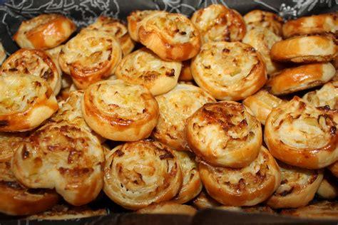 cucinare porri ricette salatini ai porri ricetta finger food cucina per caso