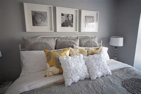 yellow grey bedroom 1000 ideas about gray yellow bedrooms on pinterest yellow bedrooms gray yellow and