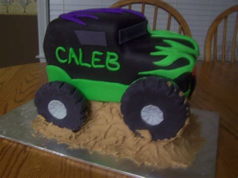 grave digger monster truck cake kids birthday cakes beth ann s page 8