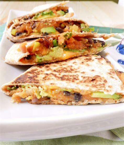 best quesadillas quesadilla twosaucysisters