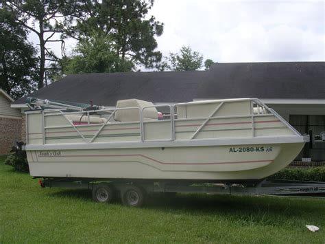 how to start a pontoon boat 20 southern star pontoon the hull truth boating and