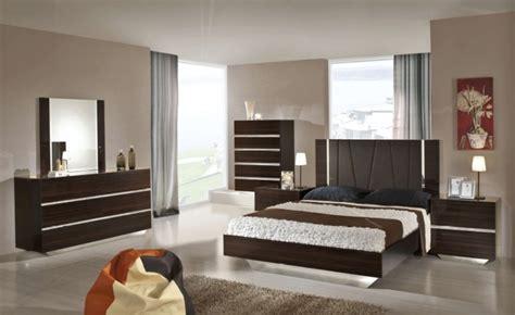 polish bedroom furniture modrest luxor italian modern ebony lacquer bedroom set