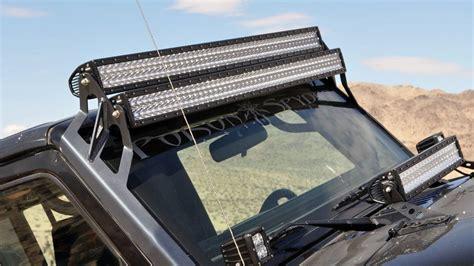The Roof Mounted Led Light Bar Is The Cab Visor S Cousin Truck Roof Led Light Bar