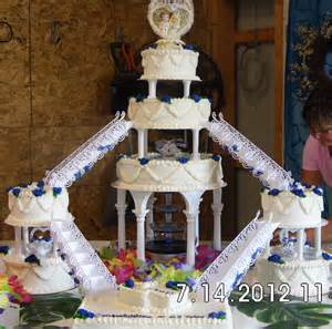 Tiered Wedding Cakes You Have To See Tiered Wedding Cake On Craftsy