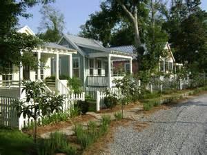 Katrina Cottages 4bhqw3p katrina cottage plans time to build on katrina cottage house