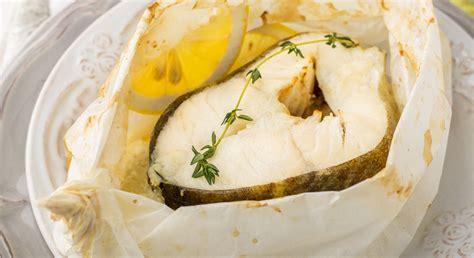 nasello come cucinarlo ricette di pesce al forno orata al forno con patate e