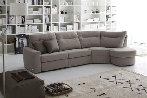 divani e divani orari apertura divani doimo palace rosy mobili mobilificio nichelino