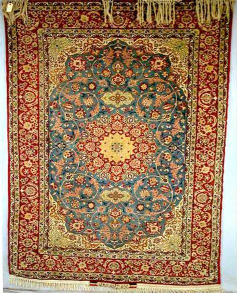 isfahan rugs isfahan rug and carpet guide learn about isfahan rugs