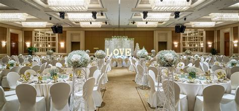 Wedding Box Singapore by Luxury Singapore Weddings