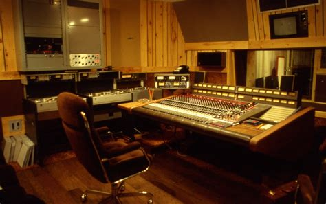 stud io file manta sound studio 3 1983 jpg wikimedia commons