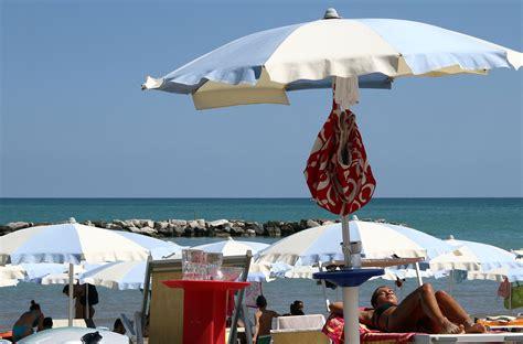 vacanze cupra marittima appartamenti estivi e residence cupra marittima offerte
