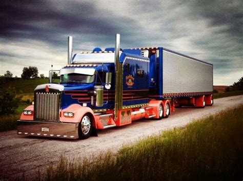 Peterbilt Studio Sleeper by 17 Best Images About Big Tractor Trucks On