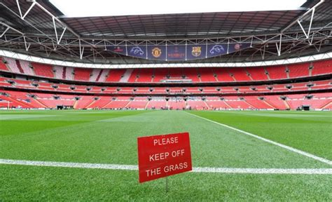 United Wembley 2011 soccer uefa chions league manchester united wembley 187 who ate all the pies
