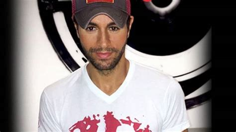 Enrique Didnt Up With by Enrique Iglesias Teams Up With Save The Children Stuff Co Nz