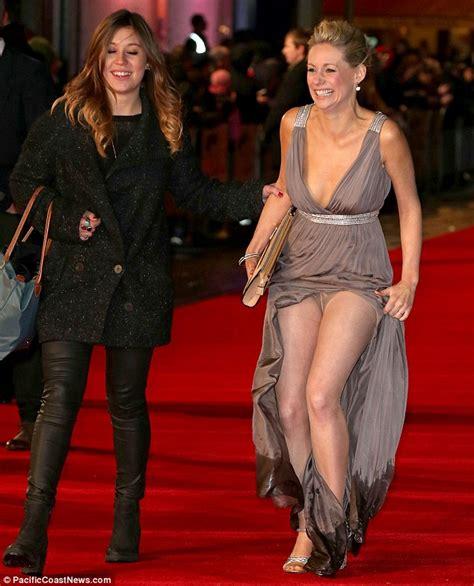 kellie martin wardrobe malfunction oops actress suffers major embarrassing wardrobe