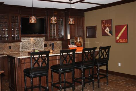 And Designs Bar In Basement Ideas And Pictures Basement Basement Bar Idea