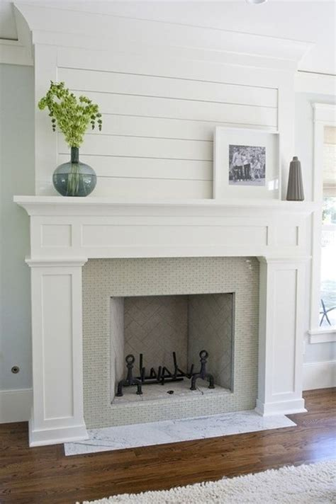 Simple Fireplace Surround Ideas by 1000 Ideas About Fireplaces On Land For Sale