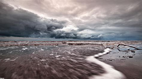 Stormy Sky Wallpaper - WallpaperSafari Iceland Weather May