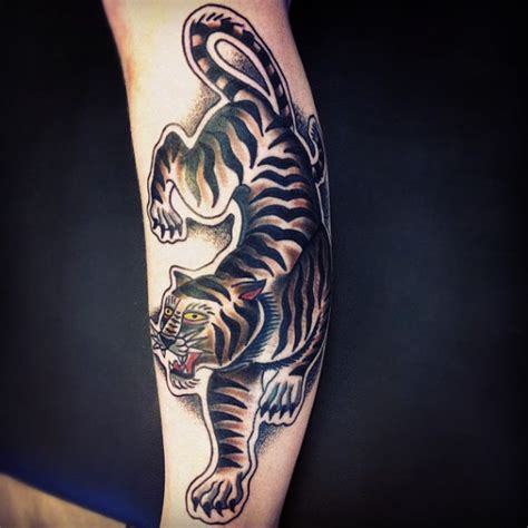 arm old tiger tattoo by matt cooley