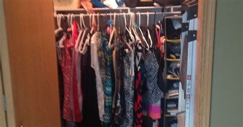 best way to organize a closet what is the best way to organize a small closet hometalk
