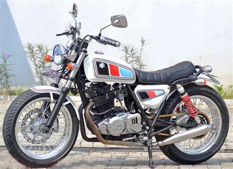 Footstep Suzuki Thunder Asli suzuki thunder 250 klasik dan modern