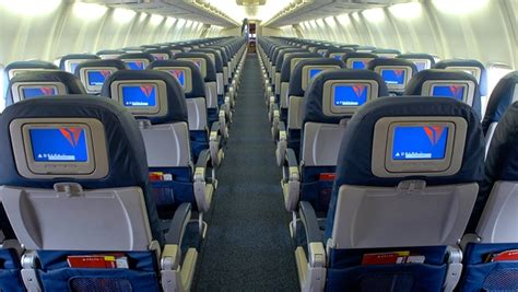 delta 737 800 economy comfort delta puts another 770 million into comfort upgrades