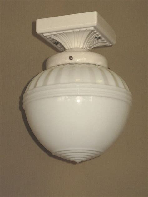 white bathroom light fixtures 157 best images about vintage bathroom light fixtures on