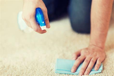 wachs vom teppich entfernen flecken entfernen rost wachs und fettflecken loswerden